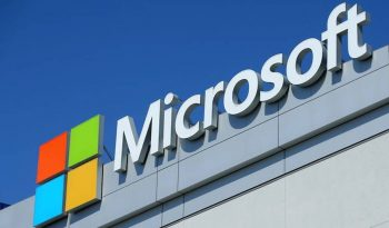 Microsoft profit ascends on move to cloud computing
